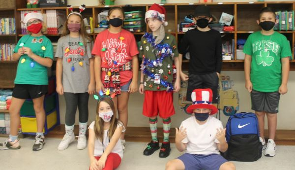 Elementary students got in the holiday spirit for Homecoming Week.