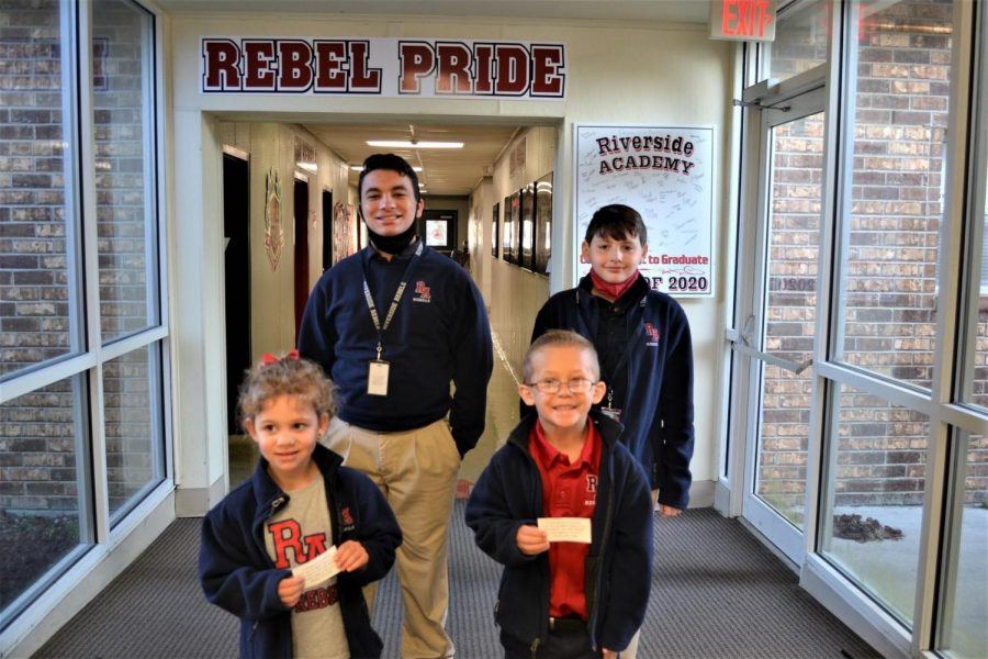 Rafael Villareal  and Paul Williams (back row), Olivia Boudouin and Myles Naquin are Students of the Week for Jan. 13.